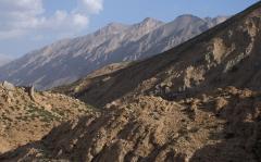 Olajat rejtő hegyek (Zagrosz, Irán)
