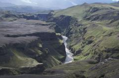 Folyóvízi völgybevágódás (Izland)