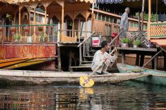 Közlekedés a Dal-tavon, Srinagar