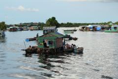 Kompong Kleang falu a Tonle Szap tavon