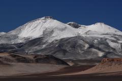 Rétegvulkán (6893 m, Ojos del Salado, Andok, Chile-Argentína)