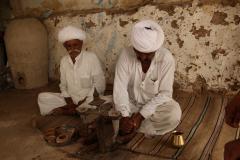 Bishnoi falvakban ópiumot is készítenek