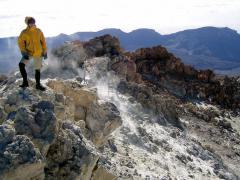 Vulkán (Teide csúcsa, Tenerife, Kanári-szigetek)