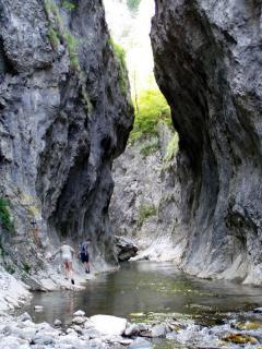 Barlangfelszakadás (Remete-szoros, Torockói-hg., Románia)