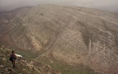 Erdőirtás és talajpusztulás, karrlejtők (Albánia)
