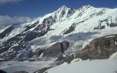 Grossglockner és a Pasterze-gleccser (Alpok, Ausztria)