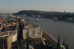 Szabályozott folyópart (Duna, Budapest)
