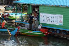 Kompong Kleang falu boltja a Tonle Szap tavon