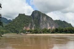 Település a Mekong partján