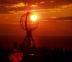 Éjféli Nap (Nordkapp, Norvégia)